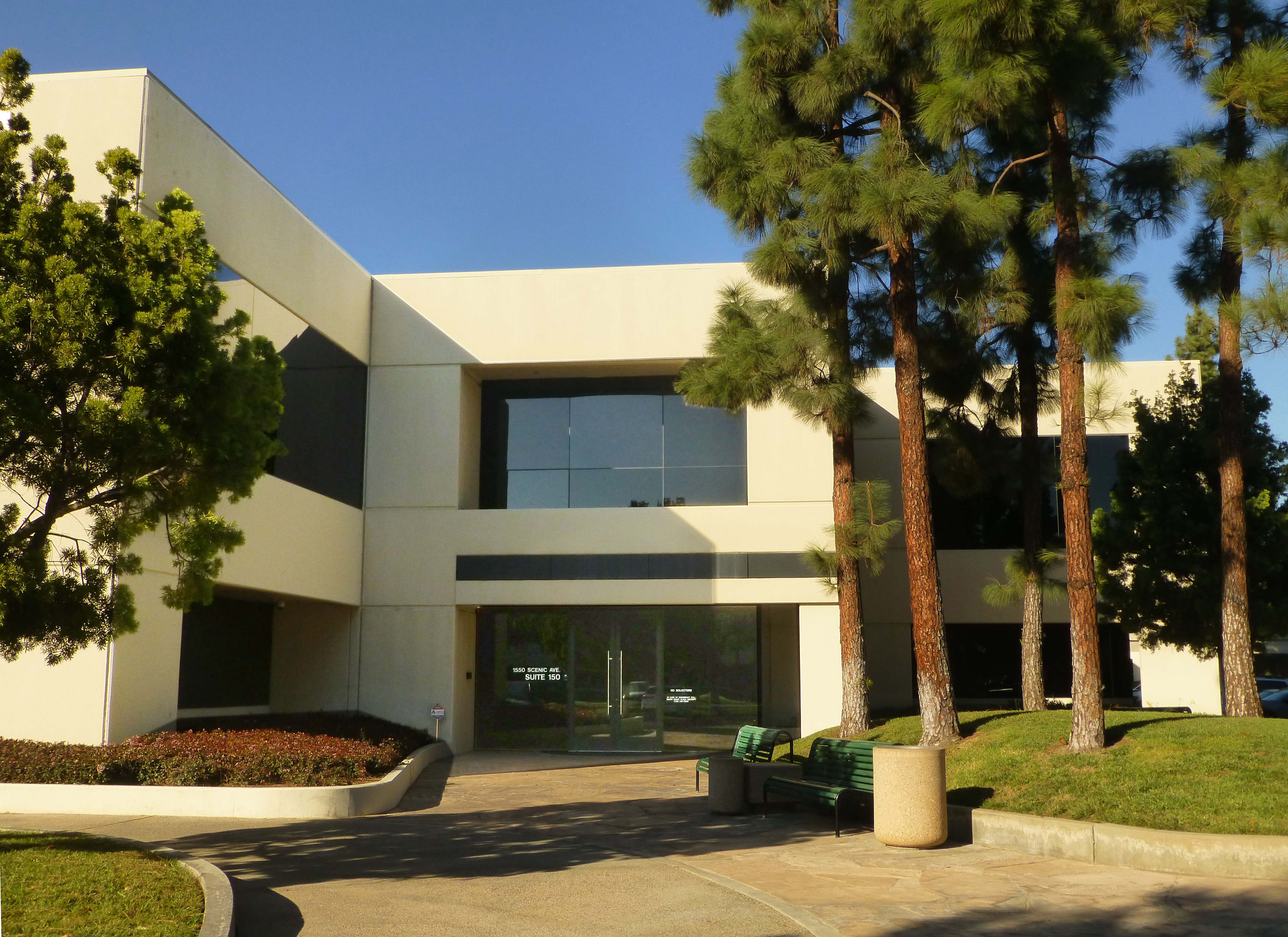 thumbnail image for Stacks Bowers Galleries Opens New Company Headquarters in Southern California